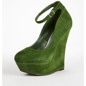 Bebe Okra High Heel Ankle Strap Wedge GrnSde Sz 6